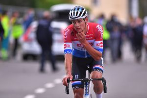 <div>'Just imagine it rains that day...': Riders react to Paris-Roubaix cancellation</div>