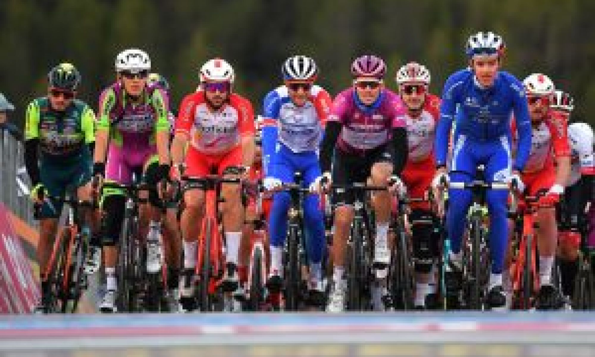 <div>Giro d'Italia stage 19 shortened by 100km after riders refuse to race full course</div>