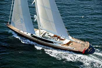 Pirates Storm Sail Yacht Tiara
