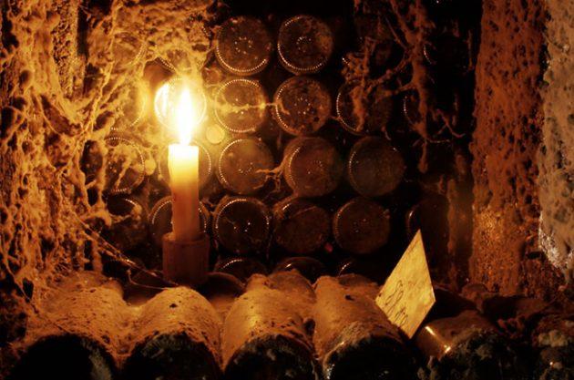 Acidity and wine age