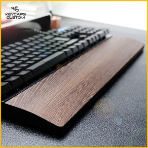 Wooden-wrist-pad-01