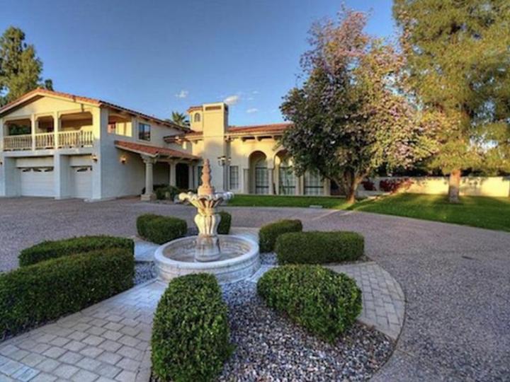 8915 N Invergordon Rd, Paradise Valley AZ 85253  wholesale property listing for sale
