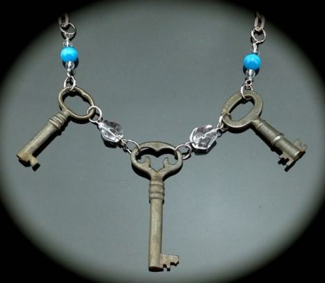 Antique Skeleton Key Necklace w/ Fancy Heart Key $47