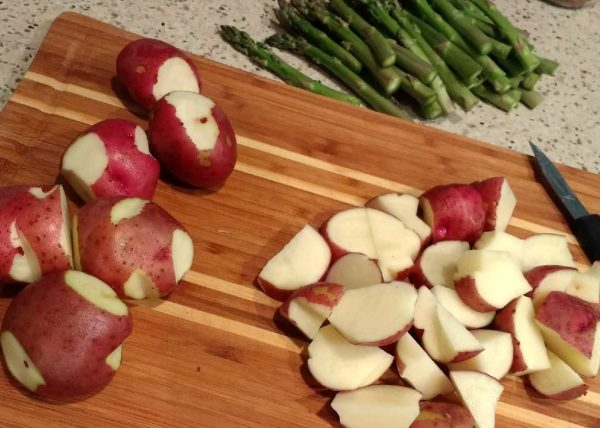 Red potatoes to roast with asparagus