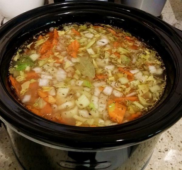 Navy bean slow cooker vegan soup