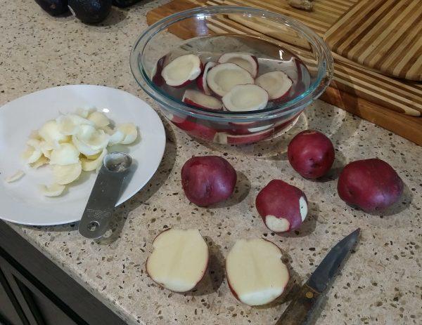 guacamole stuffed red potatoes