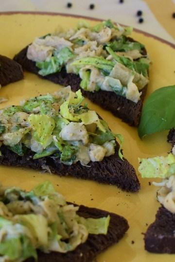 artichoke basil toasts