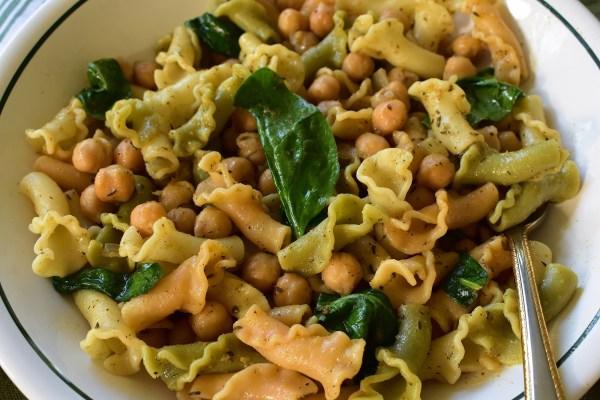 chickpea spinach gigli pasta