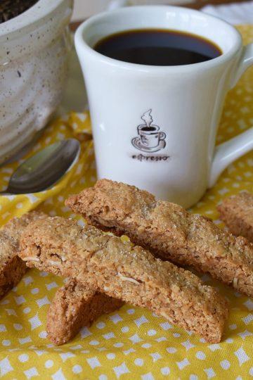 simple vegan almond biscotti