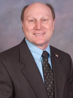 Speaker Dennis Miller