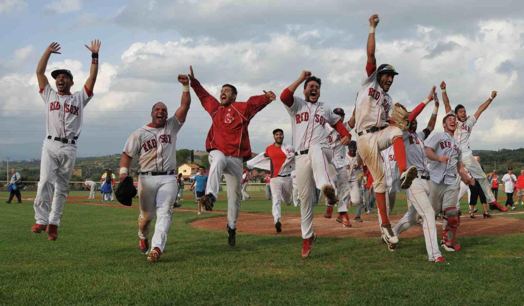 La gioia dei Red Sox dopo la vittoria del titolo (Lauro Bassani - FIBS)