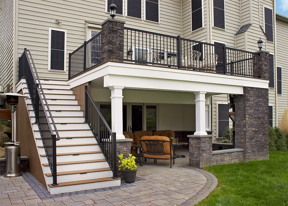 Elevated Deck Designs | Safety Features for Above Ground Decks on Backyard Patio Steps id=61717