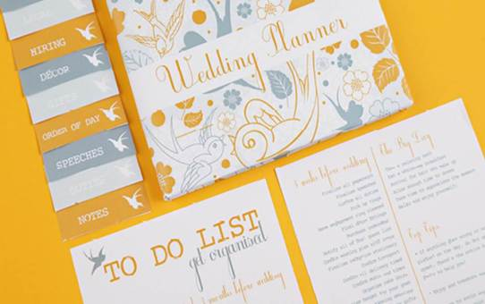 How to Select A Wedding Stationery & Invitation Designer!