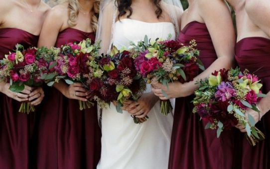 burgundy and white wedding