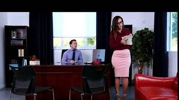 SEX WITH MY SECRETARY KELSI MONROE