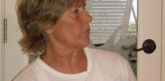 A person in a white shirt - Hair