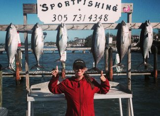 #Fish: Christmas and your angler - A person holding a sign - Big-game fishing