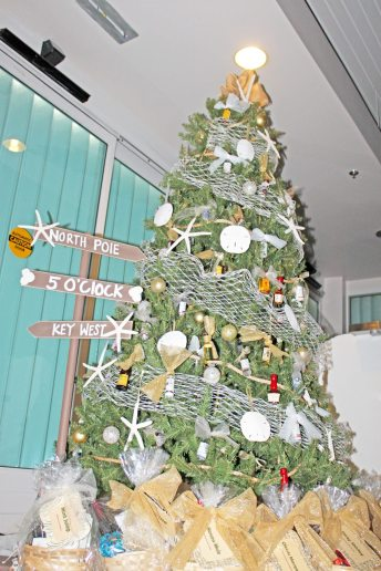 The Moms of Marathon's tree theme is 'It's 5 o'clock somewhere.'