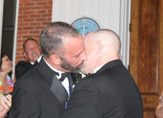 #News: Same sex,same rights - A man wearing a suit and tie - Bridegroom