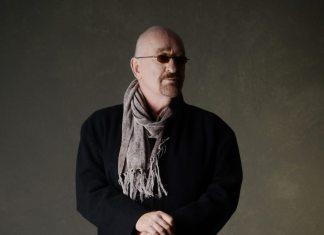 Dave Mason plays At the Key West Theater - Dave Mason wearing a black shirt - Dave Mason