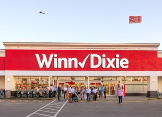 Winn-Dixie re-opens in Marathon - A sign above a store - Florida