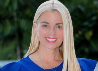 Lopez files for state rep seat on Republican side - A woman wearing a blue shirt - Blond