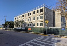 A.H. Monroe builds 47 affordable apartments in Key West - A large building in the middle of the street - House