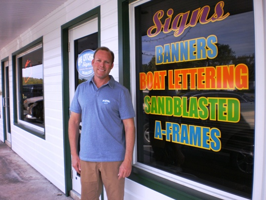 Legendary party promoter and Eyecatchers Signs owner, T.J. Hayes, recently expanded his operation with the addition of a large format printer
