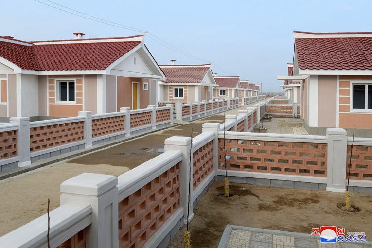 Construcción de nuevas aldeas