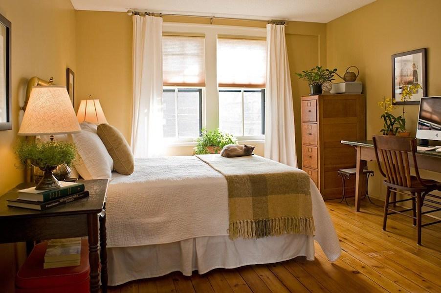 Historic Hartford Remodel Guest Bedroom