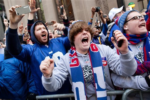 Tens of thousands greet Super Bowl champs in NJ - CBS News ...