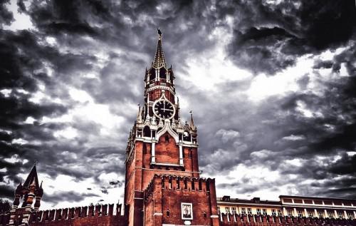 Кремль каалабаган адамдар менен кандай мамиле кылат