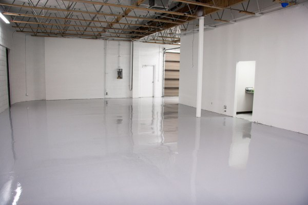 warehouse-epoxy-flooring