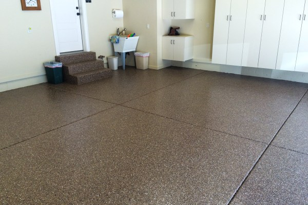epoxy-garage-floor-dark-brown-amarello