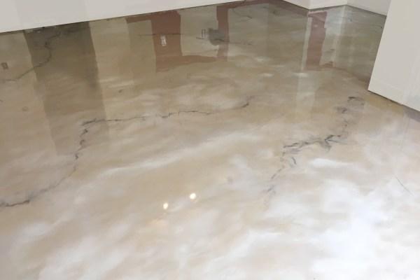 reflector-enhancer-metallic-floor