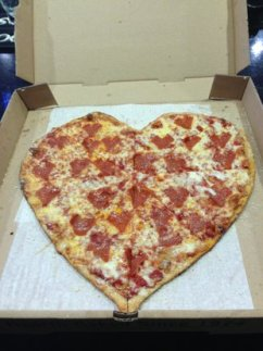 Mellow Mushroom – The heartshaped pizza for the soldiers wife