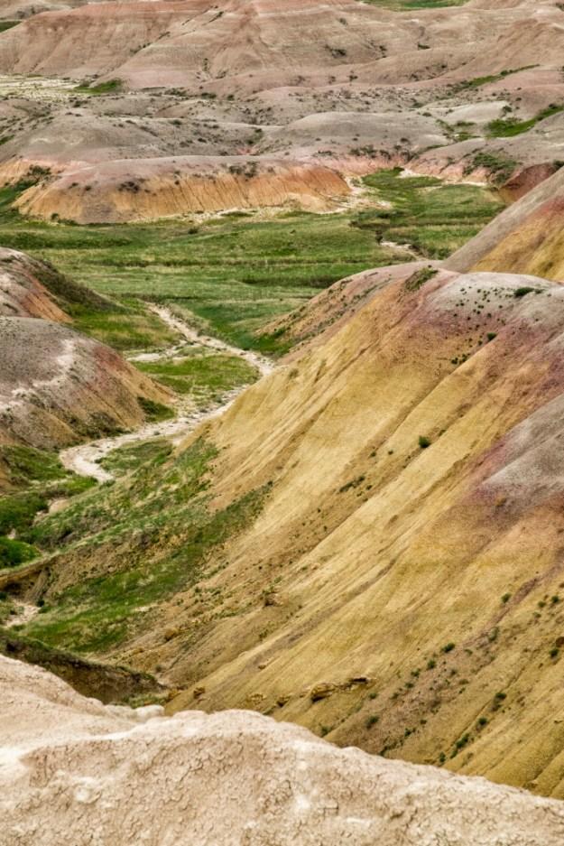 160619_Badlands Yellow Hills