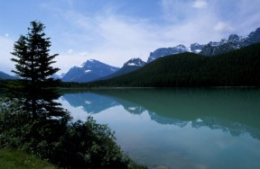 Icefields Parkway scenery
