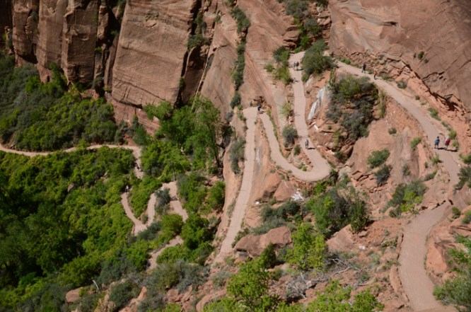 Hiking Angels Landing Trail in Zion NP, USA