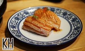 《風車驛站》炙燒鮭魚親子握壽司