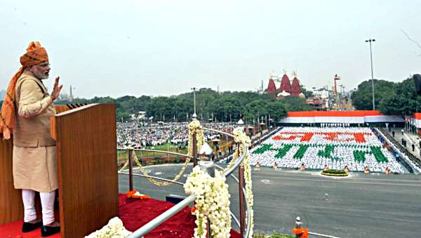 PM-Modi-from-LalQuila-15Aug15