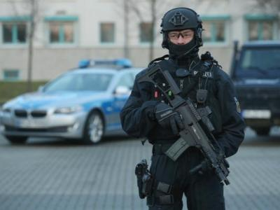 الشرطة الألمانية: انفجار قنبلتين في مسجد ومركز للمؤتمرات في دريسدن