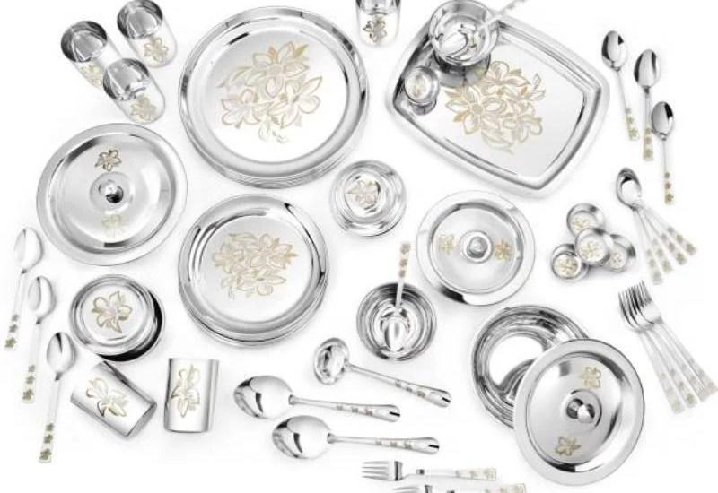 8 Bestseller Stainless Steel Dinner sets from Flipkart