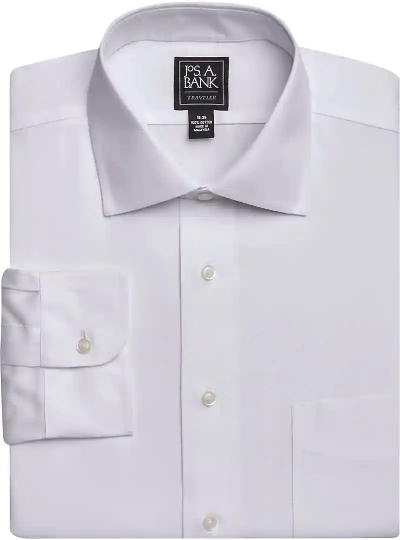 Traveler Collection Traditional Fit Spread Collar Dress Shirt