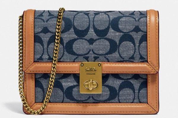 Hutton Belt Bag Made Of Characteristic Chambray