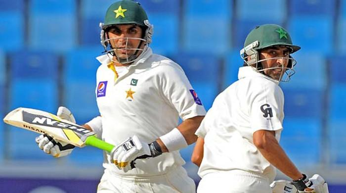 younis khan and mushtaq ahmed appointed as main coach for pakistan cricket team