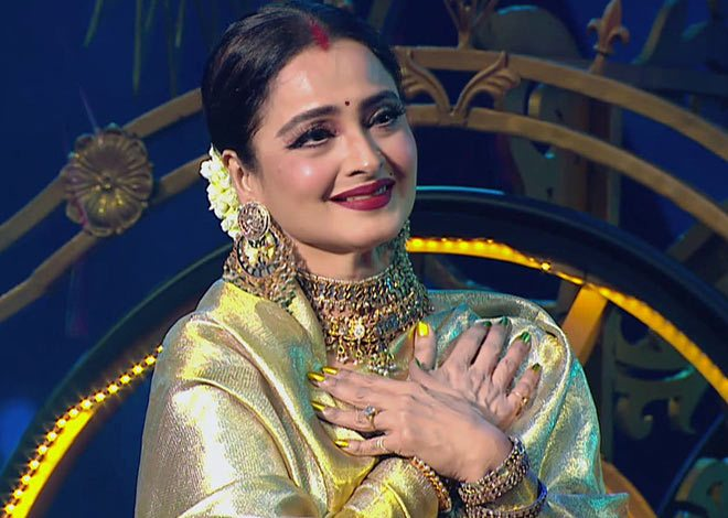 Bollywood actress rekha might get in Big Boss