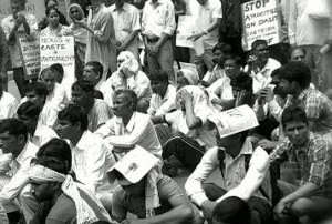 16-05-14 Desh Videsh - Bhagana Protest