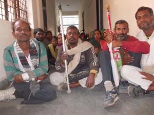 08-01-15 Kshetriya Mahoba - Viklaang Dharna 1 web