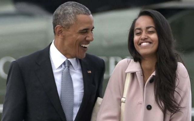 बराक ओबामा अपनी बेटी माल्या के साथ